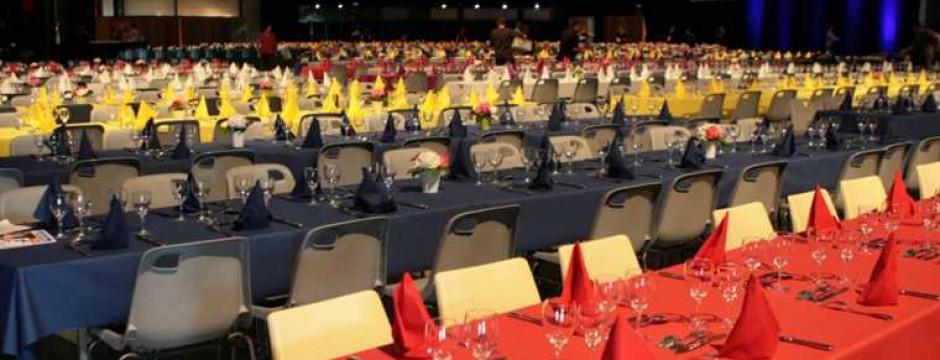 salle; conference; congres; association; meeting; cigc; buffet; convention; parlement; mission; dilpomatie; guerre; paix; pour; parler;