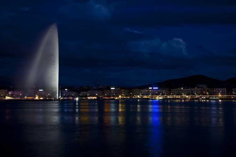 architecture; building; city; d'eau; europe; european; fountain; geneva; geneve; jet; lake; landmark; landscape; leman; mountain; night; panoramic; skyline; swiss; switzerland; urban; view; water;