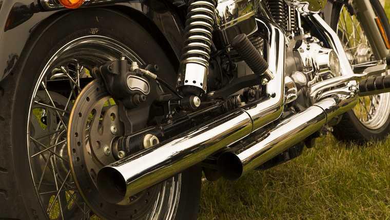 voyage en moto concoyage vehicules